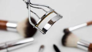 Eyebrow and eyelash tinting Breckenridge